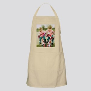 Identical twin girls - Apron