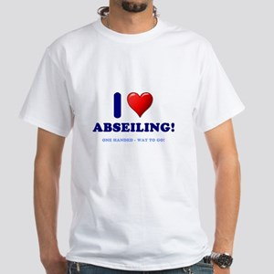 I LOVE ABSEILING - ONE HANDED - WAY TO GO! T-Shirt