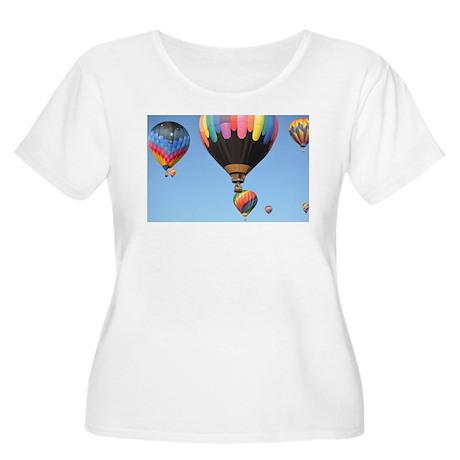 Hot Air Balloon Women's Plus Size Scoop Neck T-Shi