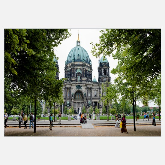 People in a park in front of a cathedral, Berlin C