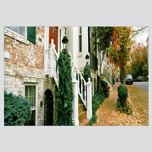 Town home and fall foliage in Georgetown Historic