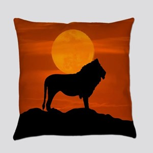 Lion at sunset Everyday Pillow