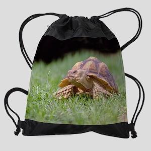 (4)Gummer Looking Left Drawstring Bag