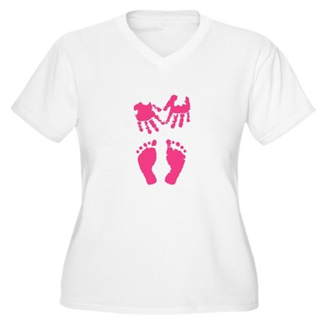 Baby girl love hand and footprint Plus Size T-Shir