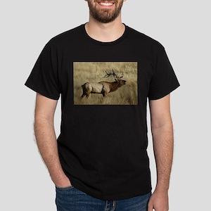 Bull Elk Bugling Dark T-Shirt