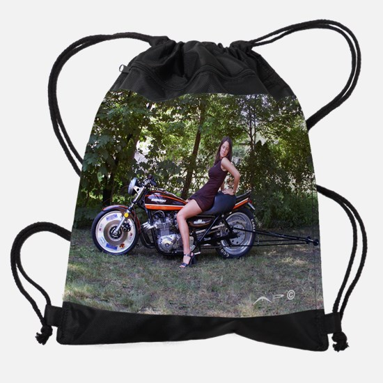 Andrea on a Z1 Drawstring Bag