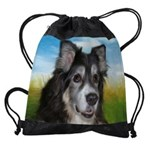 tess_mouse.png Drawstring Bag