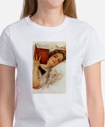 Fisher Girl Reader Lady Vintage Women's T-Shirt