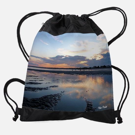 066.png Drawstring Bag