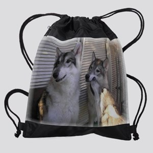 z Family cr en Drawstring Bag
