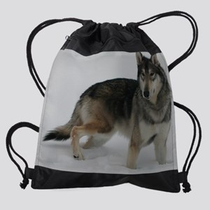 a Cosmo cropped en Drawstring Bag