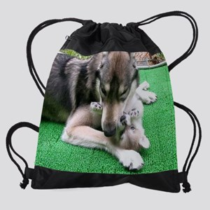 b Cosmo and Jack en croopped calend Drawstring Bag