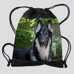 10oct-xanadu-ozzy-1 Drawstring Bag