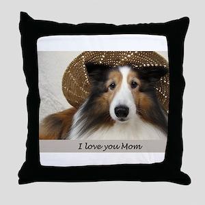 I love you Mom Throw Pillow