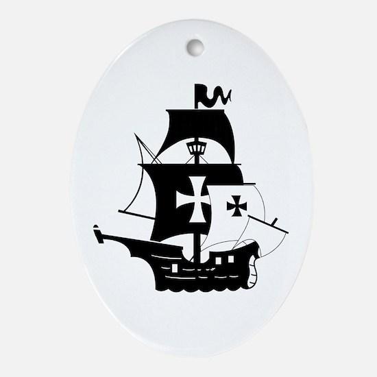 pirate ship Ornament (Oval)