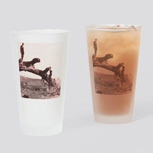 1920s rest stop Drinking Glass