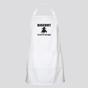 BIGFOOT THIS AIN'T MY FIRST RODEO Apron