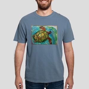 Sea turtle! Wildlife art! Mens Comfort Colors Shir