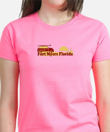 Fort Myers - Beach Design. Women's Dark T-Shirt