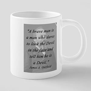 Garfield - Brave Man 20 oz Ceramic Mega Mug
