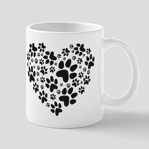 black heart with paws, animal foodprint pattern Mu