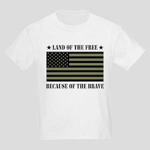 Land of the Free Camo Flag Kids Light T-Shirt