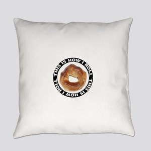 FIN-bagel-how-i-roll Everyday Pillow