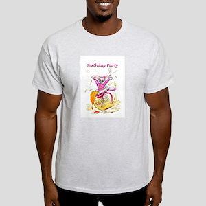 Honey Bunny, Happy Birthday invitation T-Shirt