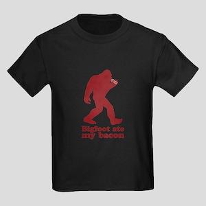 Bigfoot (Sasquatch) ate my bacon! T-Shirt