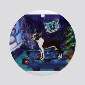 Boston Terrier Xmas snowman Ornament (Round)