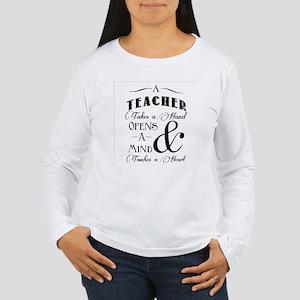 Teachers open minds Long Sleeve T-Shirt