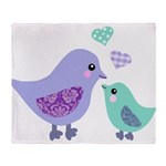 Mama bird and chick Throw Blanket