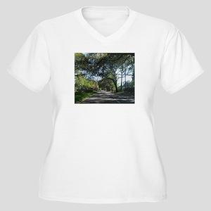 Savannah Georgia Plus Size T-Shirt