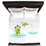 Cute mother and child frogs King Duvet