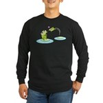 Cute mother and child frogs Long Sleeve T-Shirt