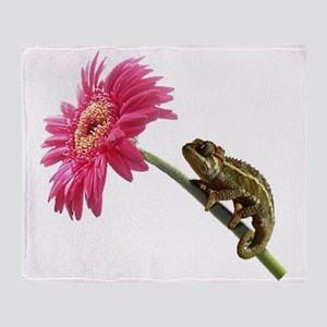 Chameleon Lizard on pink flower Throw Blanket