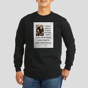 OSCAR WILDE QUOTE Long Sleeve Dark T-Shirt