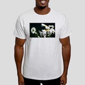 Daisy Dream Light T-Shirt