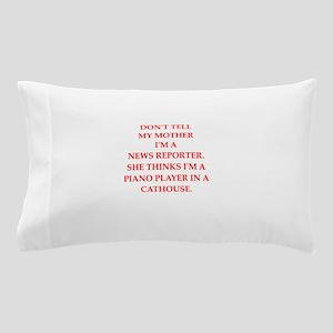 news reporter Pillow Case