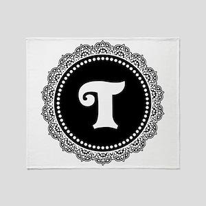 CUSTOM INITIAL Round Monogram Throw Blanket