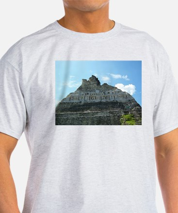 Xunanatunich Mayan Ruins in Belize T-Shirt