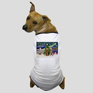 Xmas Magic-Airedale Pair Dog T-Shirt