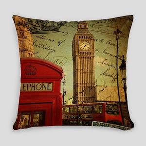 vintage London UK fashion Everyday Pillow