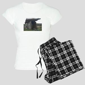 Poulnabrone Women's Light Pajamas
