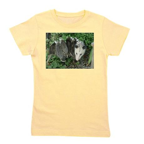 mother opossum with babies in garden T-Shirt