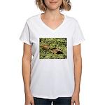 Bullfrog in green is King Women's V-Neck T-Shirt