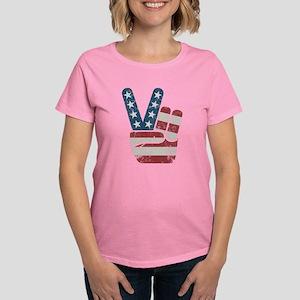 Peace Sign USA Vintage Women's Dark T-Shirt