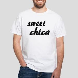 """""""sweet chica"""" White T-Shirt"""