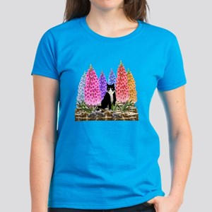 Tuxedo Cat with Foxglove Women's Dark T-Shirt