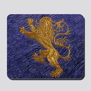 Rampant Lion - gold on blue Mousepad